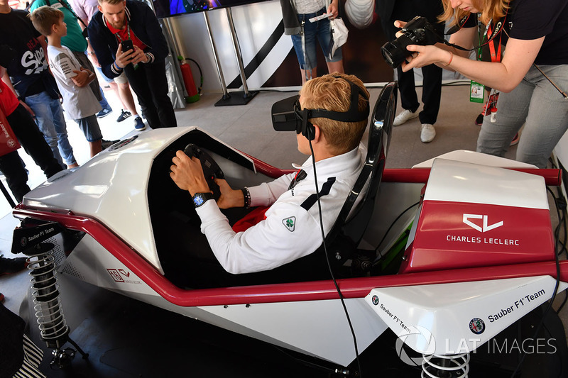 Marcus Ericsson, Sauber menjajal VR di Monaco GP Challenge