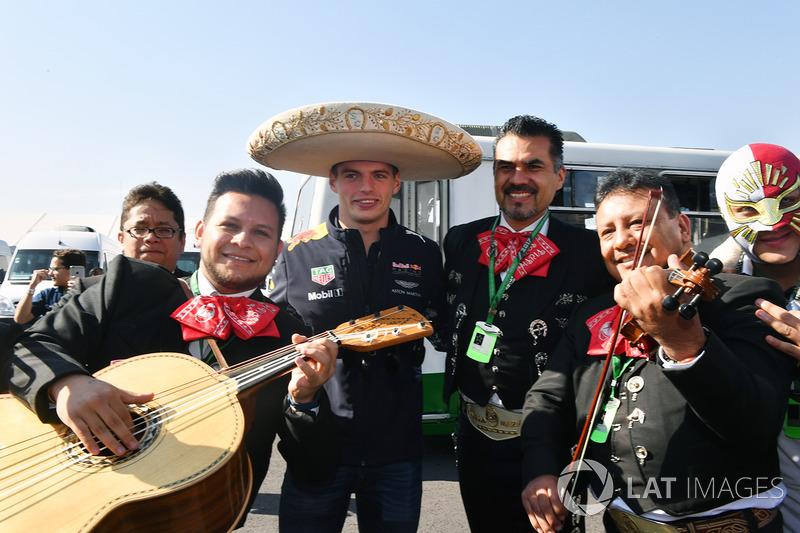Max Verstappen, Red Bull Racing y los Mariachis