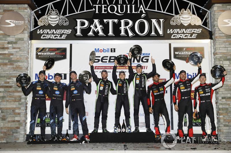 Felipe Nasr, junto com Eric Curran e Mike Conway terminaram em terceiro pela Action Express Racing