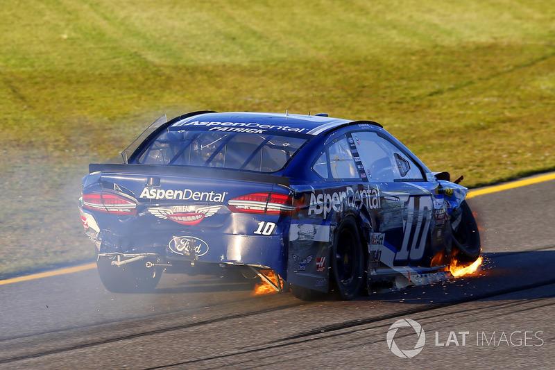 Danica Patrick, Stewart-Haas Racing Ford crash