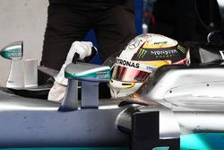 Ganador, Lewis Hamilton, Mercedes AMG F1 W07 Hybrid celebra en parc ferme