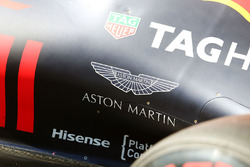 Aston Martin logo op de Red Bull Racing RB12