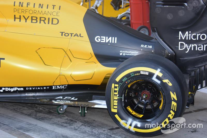 Renault Sport F1 Team RS16, Side