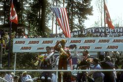 Podium: winnaar Eddie Lawson, tweede plaats Freddie Spencer, derde plaats Randy Mamola