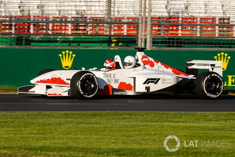 Уилл Дэвидсон, F1 Experiences 2-Seater driver