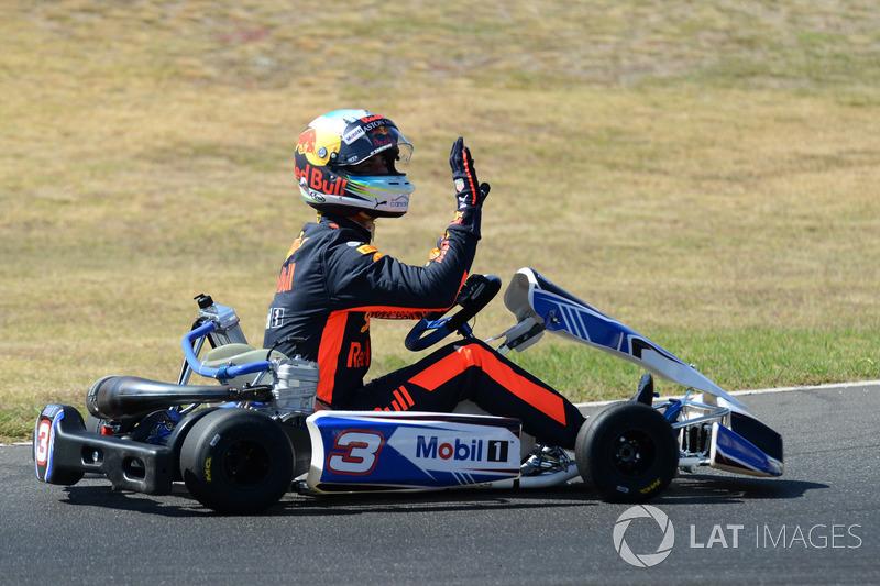 Daniel Ricciardo, Red Bull Racing su un kart al Go Kart Club Victoria