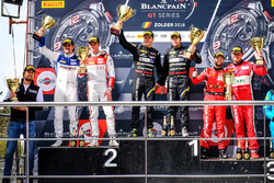 Podium AM: Racewinnaar #39 TP 12 - Kessel Racing Ferrari 488 GT3: Piti Bhirombhakdi, Carlo Van Dam, tweede plaats #26 Sainteloc Racing Audi R8 LMS: Nyls Stievenart, Markus Winkelhock, derde plaats #11 Kessel Racing Ferrari 488 GT3: Michael Broniszewski, Giacomo Piccini