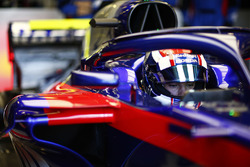Pierre Gasly, Toro Rosso, dans son cockpit