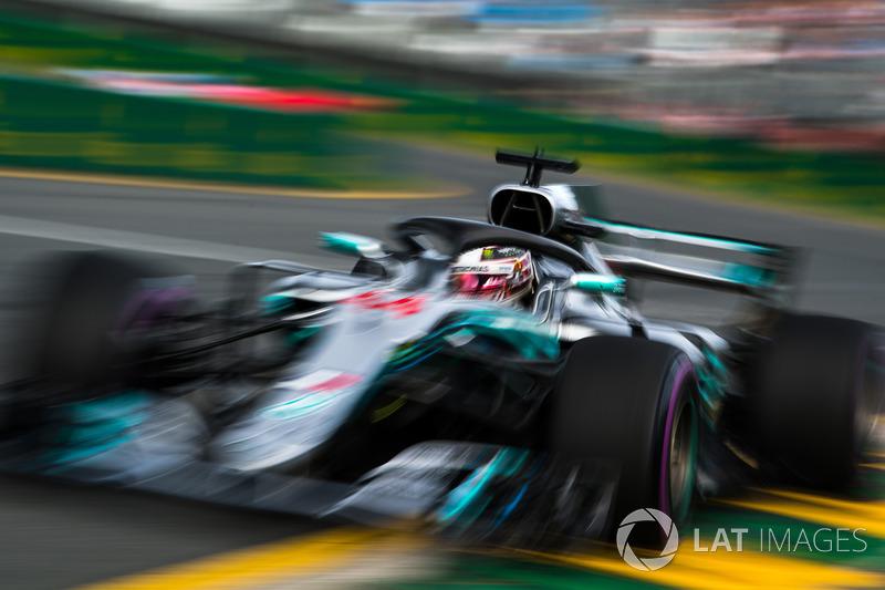Hamilton ingin rebut kembali posisi terdepan