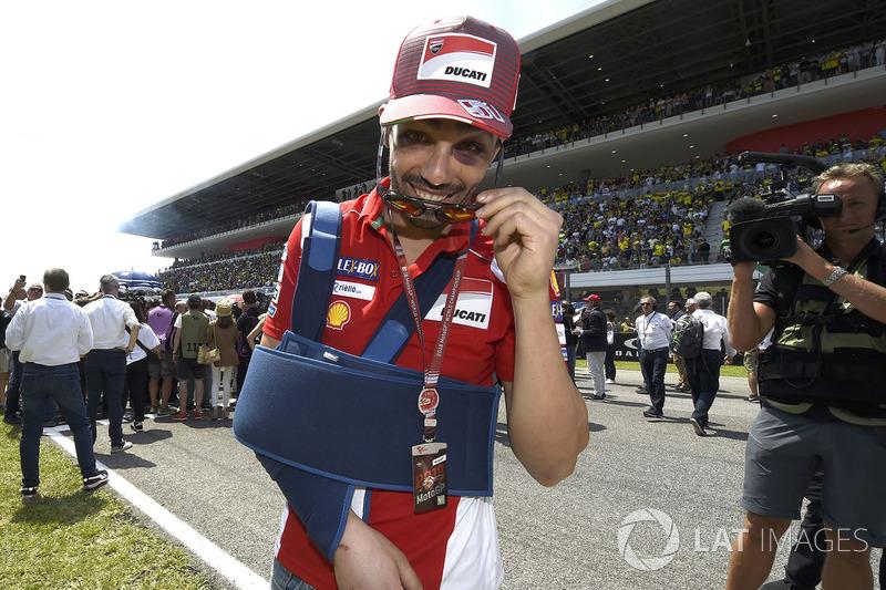Michele Pirro, Ducati Team, dalam proses penyembuhan pascainsiden sesi latihan Jumat