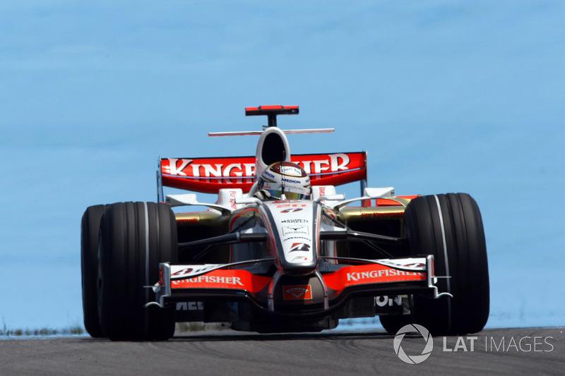 "2. <img src=""https://cdn-3.motorsport.com/static/img/cfp/0/0/0/0/83/s3/germany-4.jpg"" alt="""" width=""20"" height=""12"" />Adrian Sutil, 128 Grandes Premios (2006-2011, 2013-2014), el mejor resultado es el 4° lugar en (Italia 2009)."