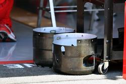 Ferrari SF71H wheel hub shrouds (aka cake tins)