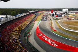 Vista panorámica de Hockenheim y sus fans antes del GP de Alemania