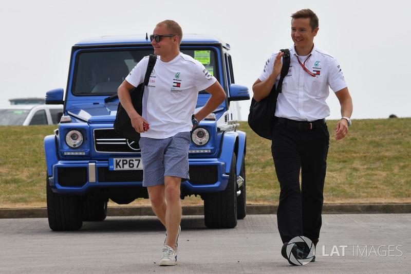 Valtteri Bottas, Mercedes-AMG F1, con il suo preparatore Antti Vierula