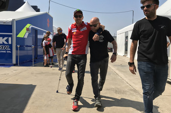 Jorge Lorenzo, Ducati Team, infortunato dopo la caduta