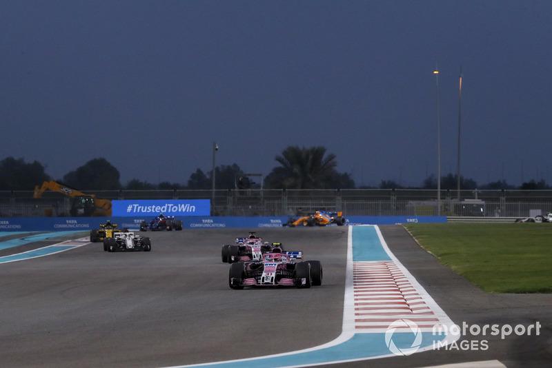 Esteban Ocon, Racing Point Force India VJM11, Sergio Perez, Racing Point Force India VJM11 and Marcus Ericsson, Sauber C37
