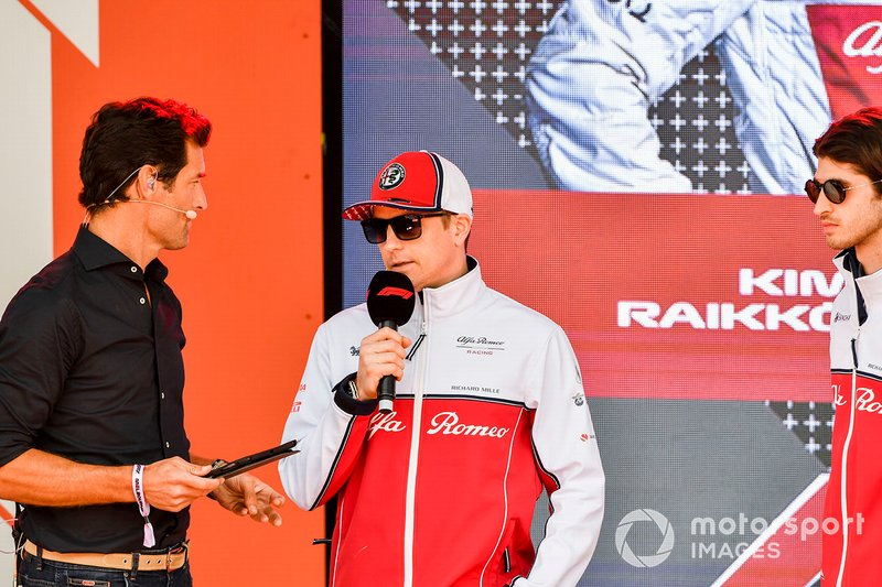 Mark Webber e Kimi Raikkonen, Alfa Romeo Racing, all'evento a Federation Square