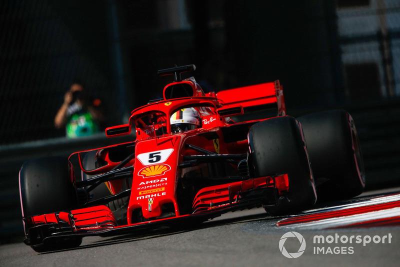 3: Себастьян Феттель, Ferrari SF71H, 1'31.943