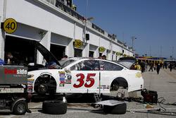The car of David Gilliland, Front Row Motorsports Ford