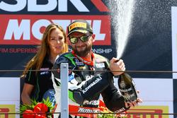 Podium : le vainqueur Tom Sykes, Kawasaki Racing