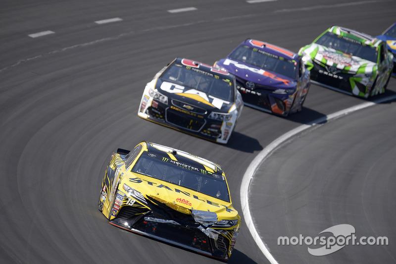 Daniel Suárez, Joe Gibbs Racing, Toyota; Ryan Newman, Richard Childress Racing, Chevrolet