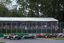 Lewis Hamilton, Mercedes-Benz F1 W08 mène au départ