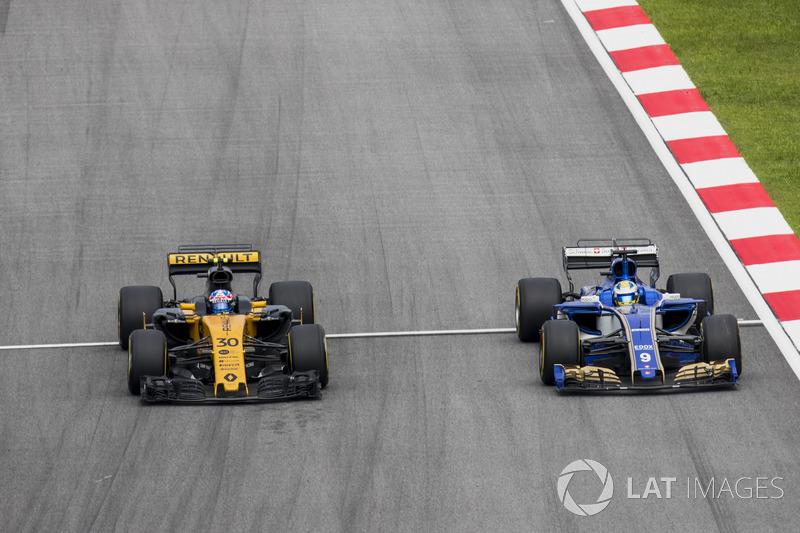 Джоліон Палмер, Renault Sport F1 Team RS17, Маркус Ерікссон, Sauber C36