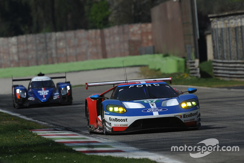 #67 Ford Chip Ganassi Racing, Ford GT: Andy Priaulx, Harry Tincknell; #35 Signatech, Alpine A470 Gibson: Nelson Panciatici, Pierre Ragues, Andre Negrao