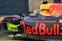 Max Verstappen, Red Bull Racing RB13, aero paint on barge board