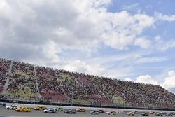 Brad Keselowski, Team Penske Ford, Joey Logano, Team Penske Ford alla partenza