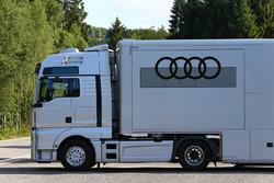 Audi Customer Racing transportes