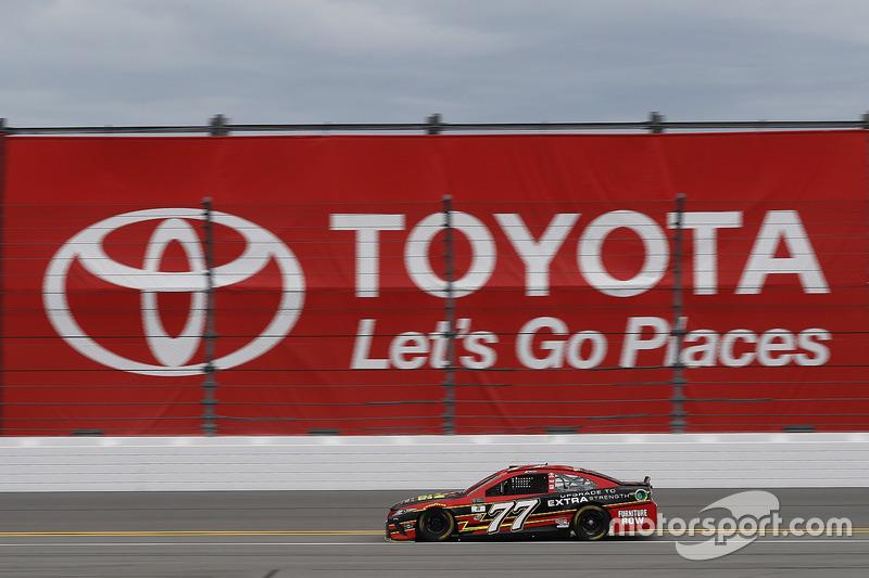 Erik Jones Furniture Row Racing Toyota At Daytona 500