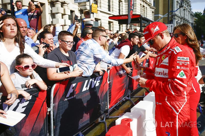 Kimi Raikkonen, Ferrari con fans