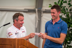 Time Attack #11st place David Donner giving 2nd place Raphaël Astier a personalized get out of jail free card