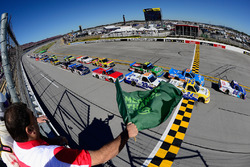 Start: Cole Custer, Chevrolet leads