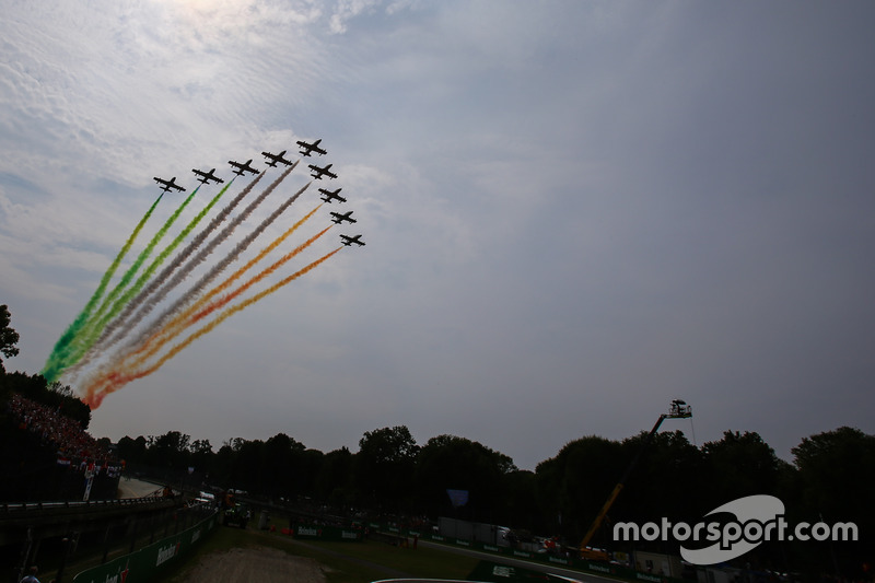 Air display over the circuit