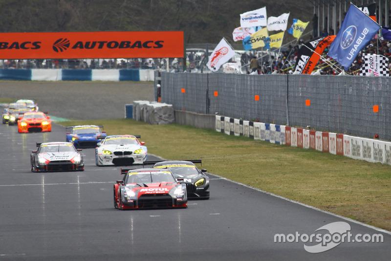 #1 Nismo Nissan GT-R Nismo GT3: Tsugio Matsuda, Ronnie Quintarelli al comando