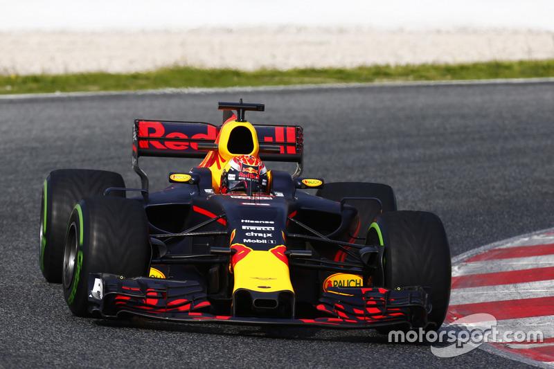 7º Max Verstappen, Red Bull Racing RB13, 1:21.769, blandos, (174 vueltas)