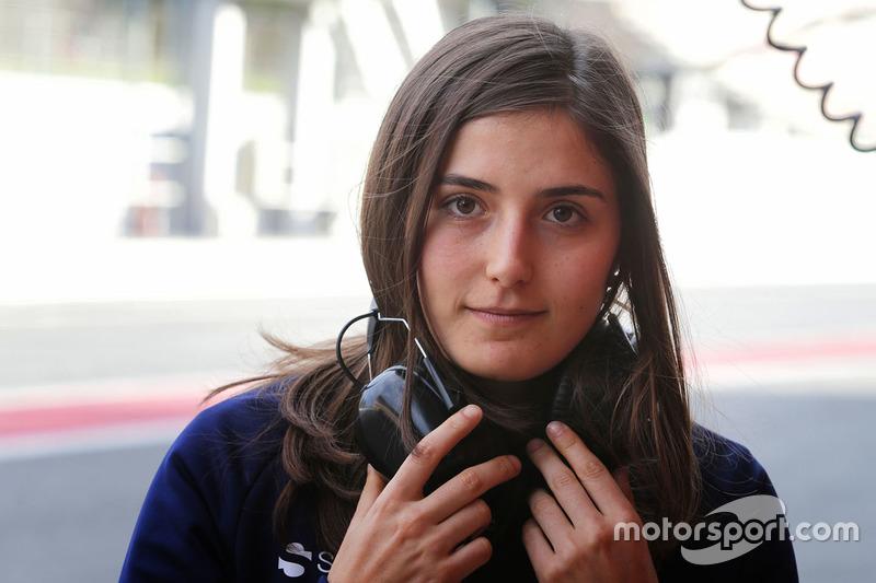 Tatiana Calderon, Sauber piloto de desarrollo