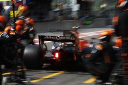 Stoffel Vandoorne, McLaren MCL34