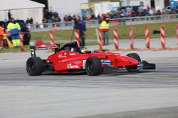 Henri Schmidt, Formula Renault Epsilon Caparo, Ecurie des Ordons, 1. Rennlauf