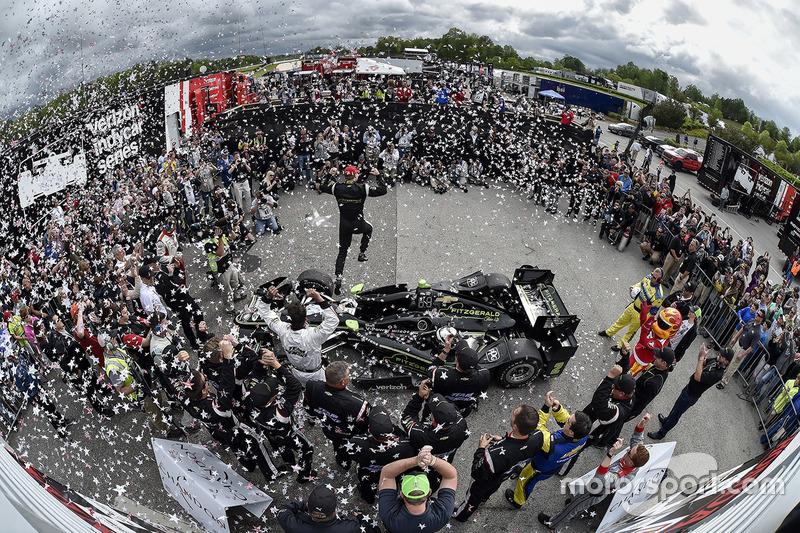 5. Race winner Josef Newgarden, Team Penske Chevrolet