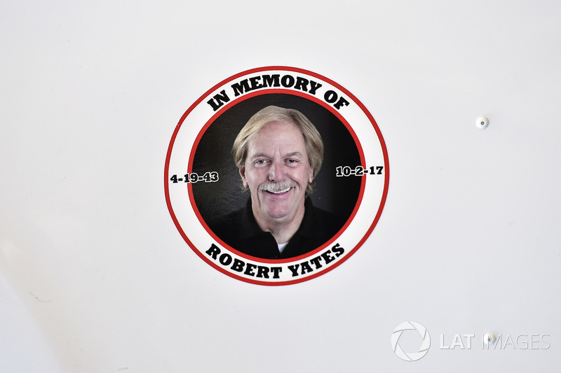 Robert Yates tribute decal