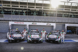 Ryo Michigami, Honda Racing Team JAS, Honda Civic WTCC ; Norbert Michelisz, Honda Racing Team JAS, Honda Civic WTCC; Tiago Monteiro, Honda Racing Team JAS, Honda Civic WTCC