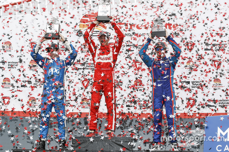 Podium: 1. Sébastien Bourdais, Dale Coyne Racing, Honda; 2. Simon Pagenaud, Team Penske, Chevrolet; 3. Scott Dixon, Chip Ganassi Racing, Honda