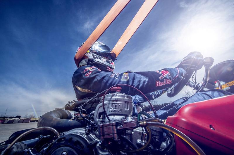 Carlos Sainz Jr., Scuderia Toro Rosso entrenando en el circuito de karting de Recas (Toledo)