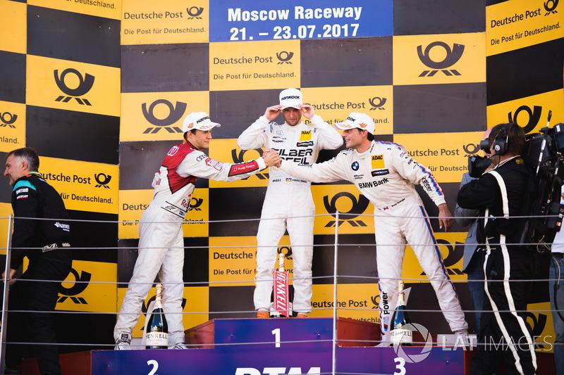 Podio: Ganador de la carrera Maro Engel, Mercedes-AMG Team HWA, Mercedes-AMG C63 DTM, segundo lugar Mattias Ekström, Audi Sport Team Abt Sportsline, Audi A5 DTM, tercer lugar Bruno Spengler, BMW Team RBM, BMW M4 DTM