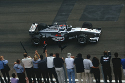 Мика Хаккинен, McLaren MP4/14 Mercedes-Benz