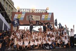 Cyril Despres, David Castera, Peugeot Sport celebrate with the team