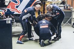 Cyril Despres, Carlos Sainz, Stéphane Peterhansel, Peugeot Sport